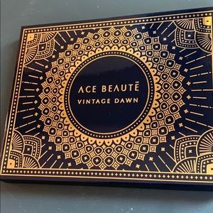 Ace Beautē vintage dawn palette